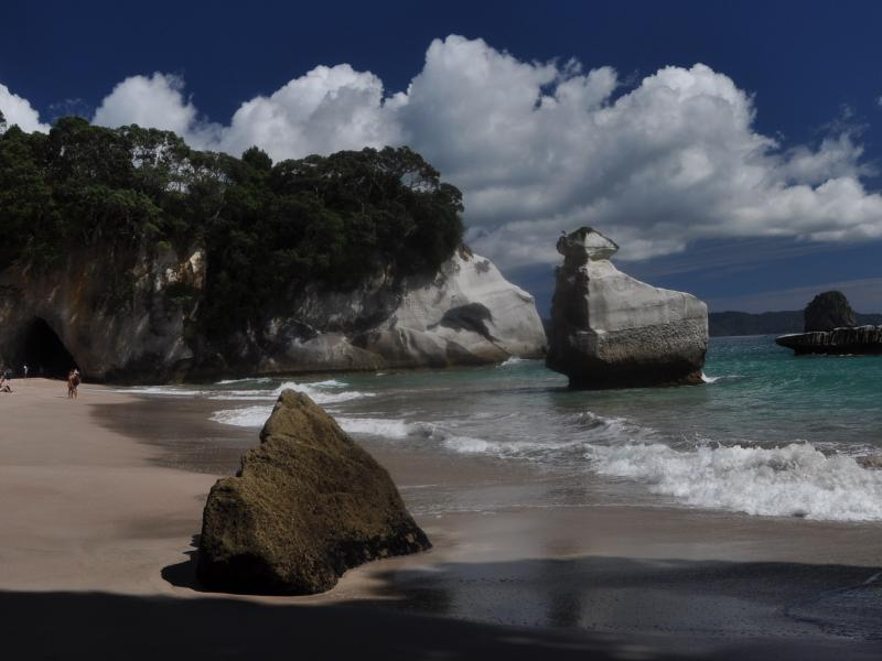 AKL Cathedral Cove