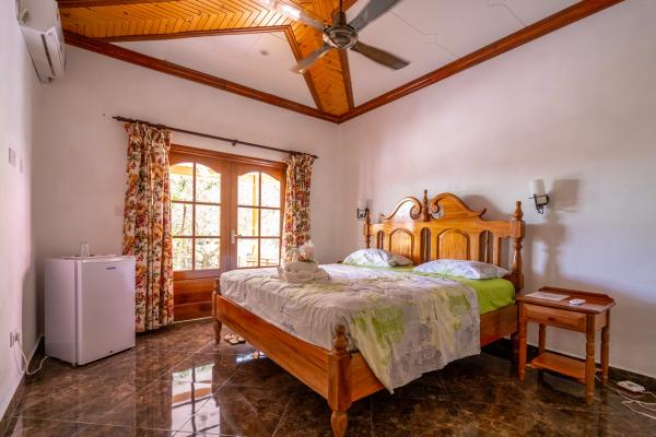 SEY LaDigue GH Beryls Guesthouse 00006