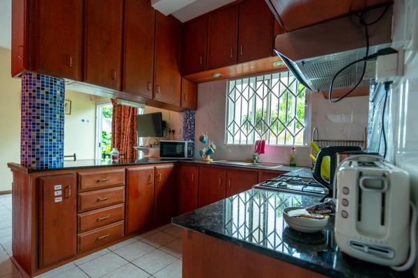 SEY Mahe GH Glacis Heights Selfcatering 00002
