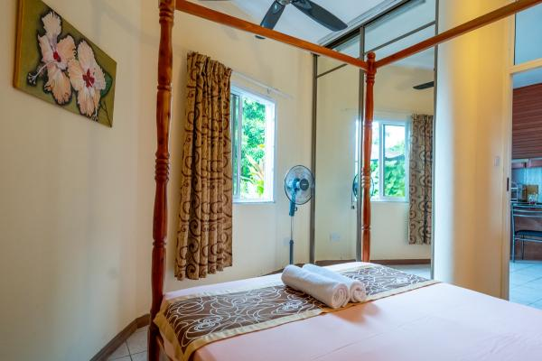 SEY Mahe GH Glacis Heights Selfcatering 00005